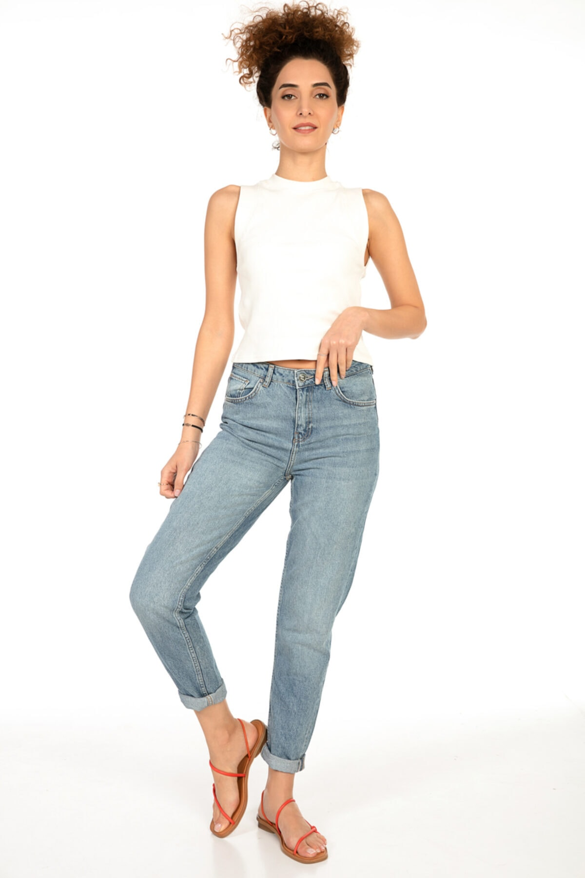 Yüksek Bel Mom Fit Jeans