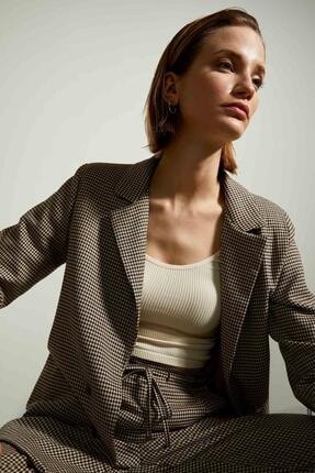 Defacto Kadın Bej Retro Spirit Kareli Relax Fit Blazer Ceket 2