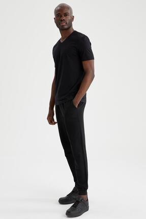 Defacto Slim Fit V Yaka Basic Siyah Tişört 1