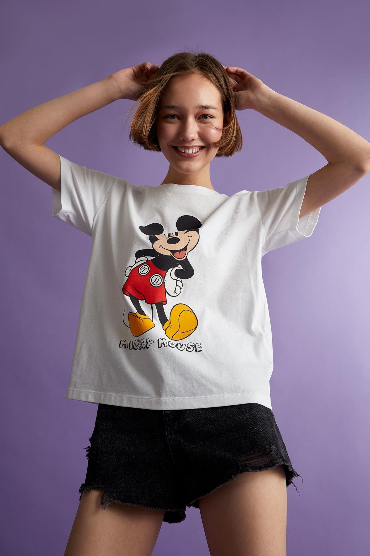 Defacto Mickey Mouse Lisanslı Oversize Fit Kısa Kollu Tişört 0