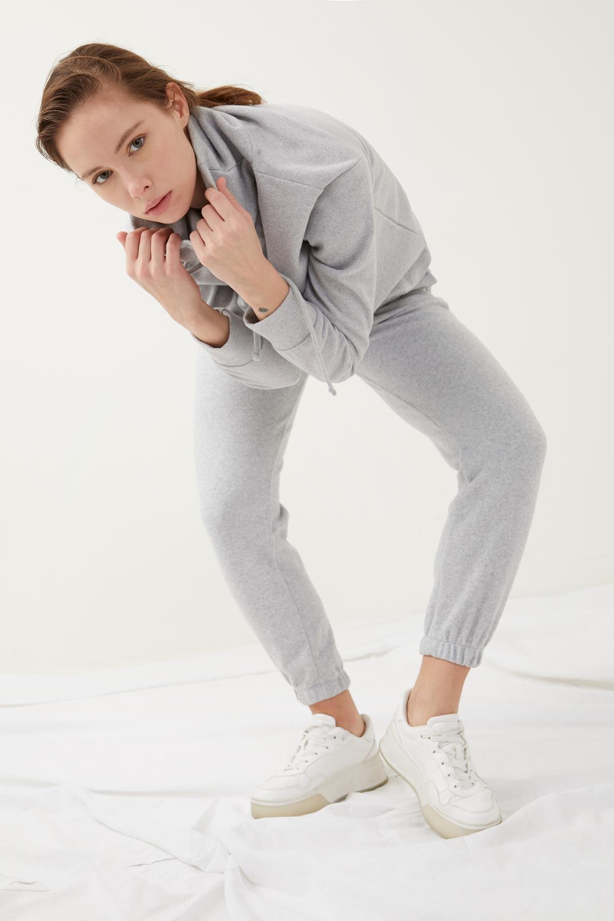 Defacto Kadın Gri Bağcıklı Relax Fit Jogger Eşofman Altı