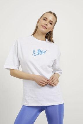 Arma Life Kadın Beyaz Stop Çiçek Baskı Oversize T-shirt 2