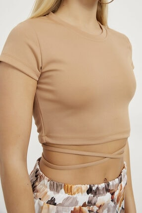Arma Life Kadın Bej Scuba Crep Bağlamalı Crop Bluz 2