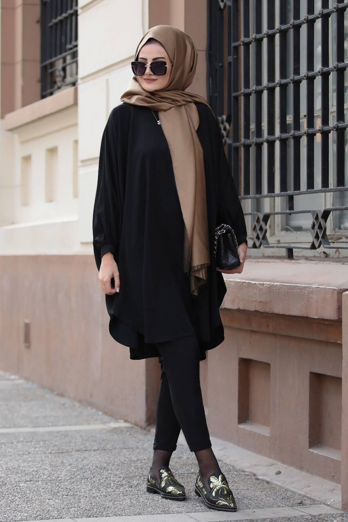 Yarasa Kol Salaş Tunik - Siyah