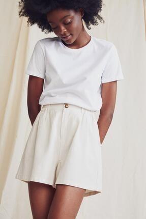 Defacto Kadın Beyaz Basic Bisiklet Yaka Relax Fit T-Shirt 3