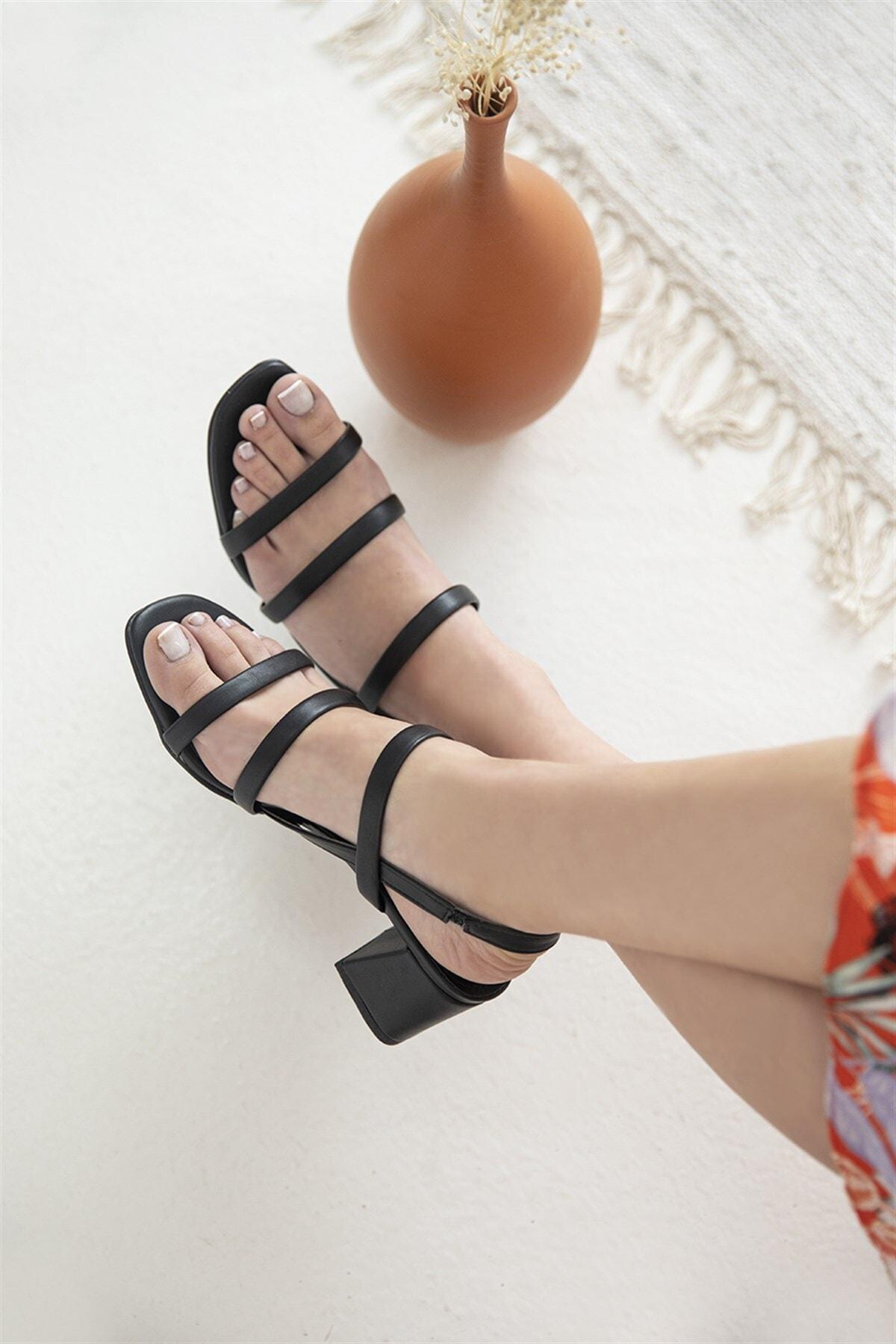 Gina Deri Bayan Topuklu Sandalet Siyah