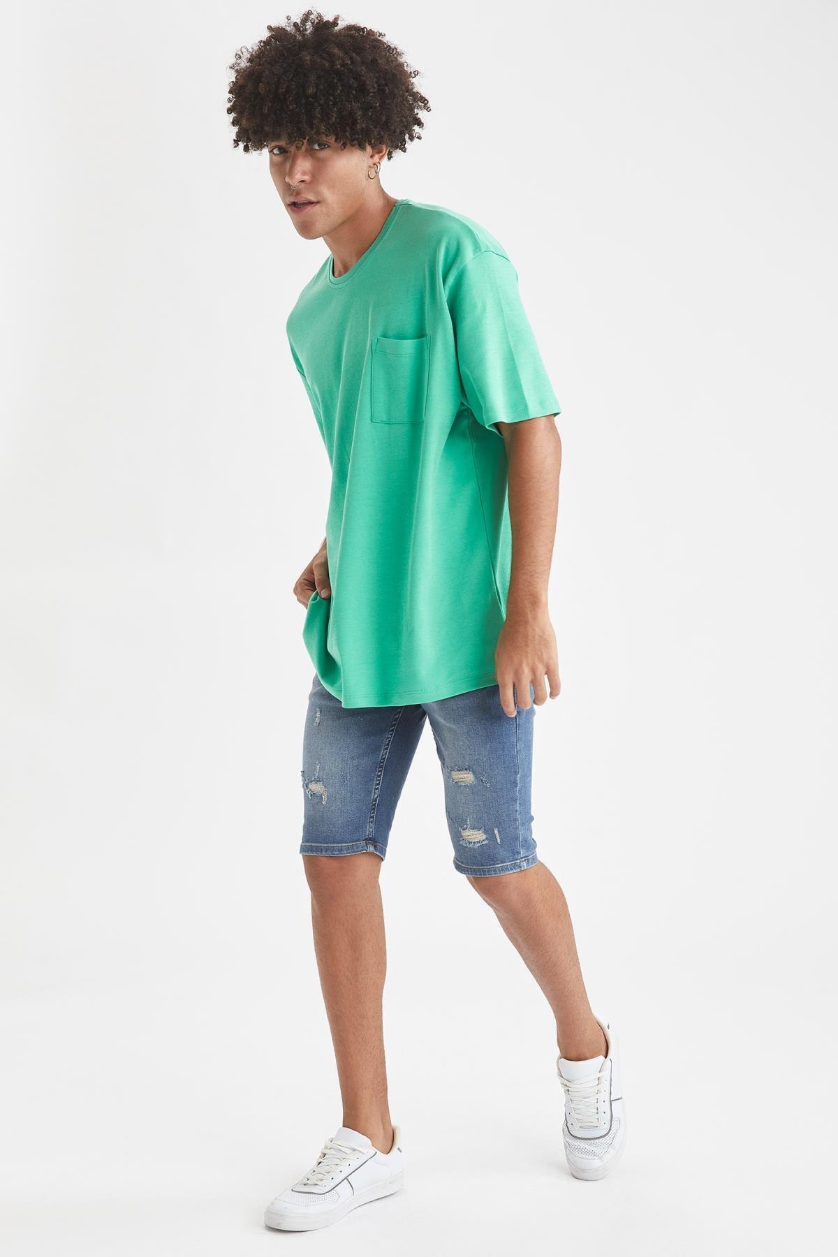 Defacto Oversize Fit Bisiklet Yaka Basic Tişört 3