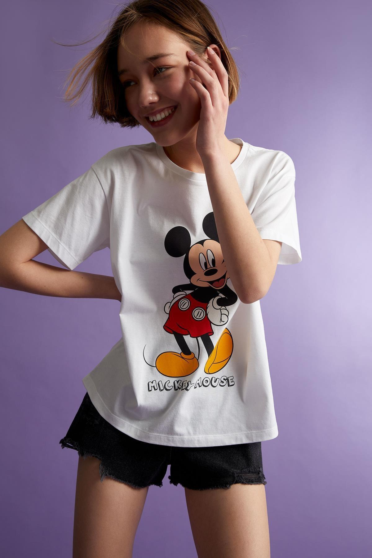 Defacto Mickey Mouse Lisanslı Oversize Fit Kısa Kollu Tişört 2