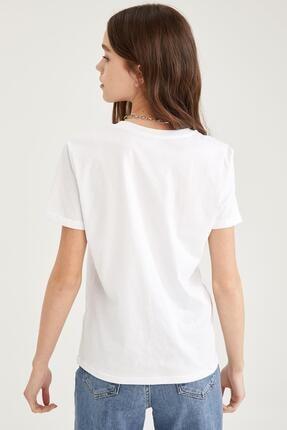 Defacto Kadın Beyaz Basic Bisiklet Yaka Relax Fit T-Shirt 4