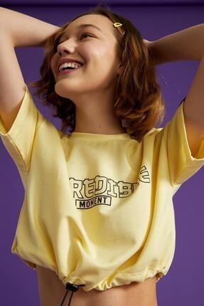Defacto Coool Slogan Baskılı Beli Bağcıklı Kısa Kollu Crop Tişört 2