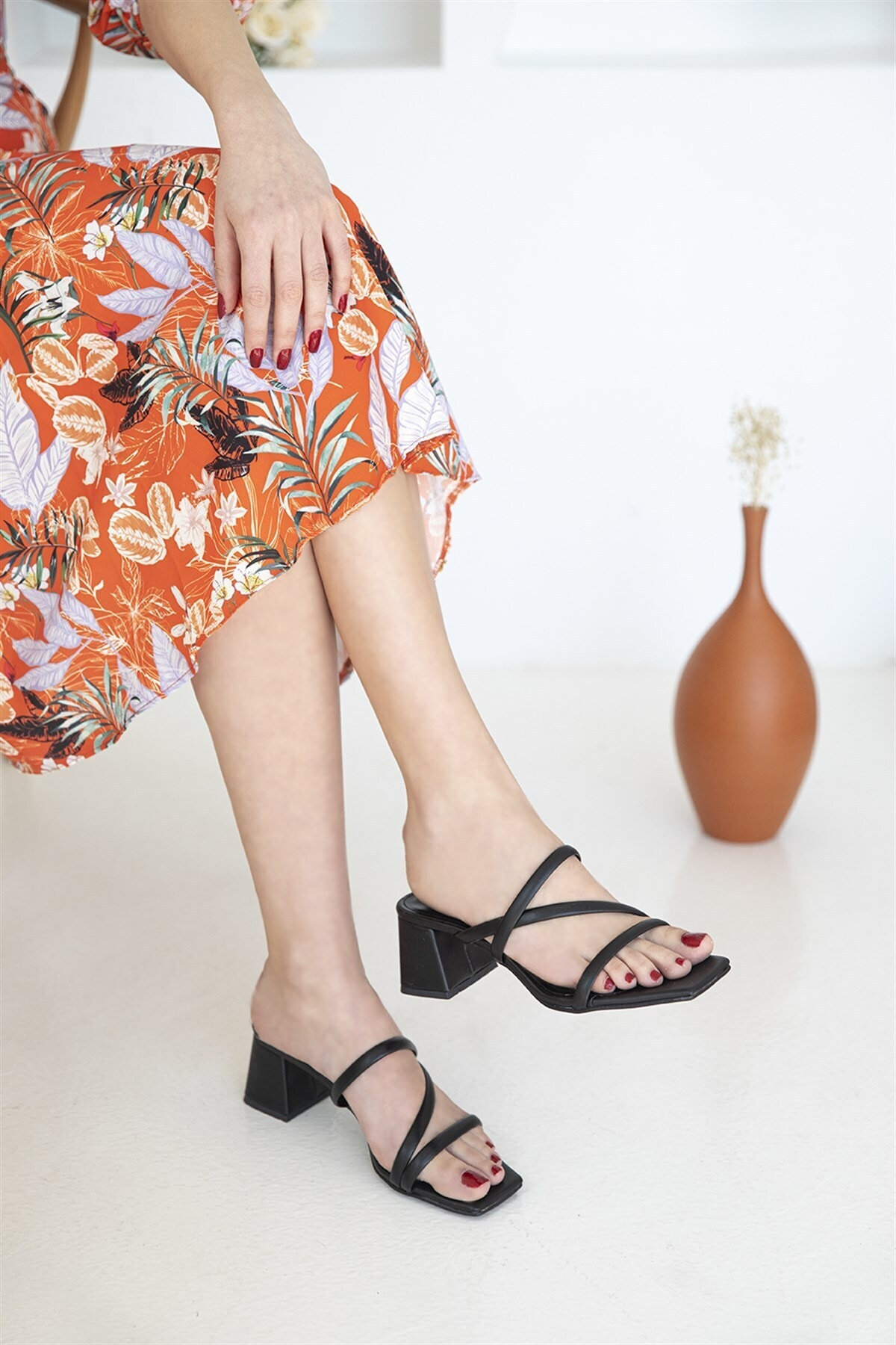 Amani Bayan Deri Topuklu Sandalet Siyah