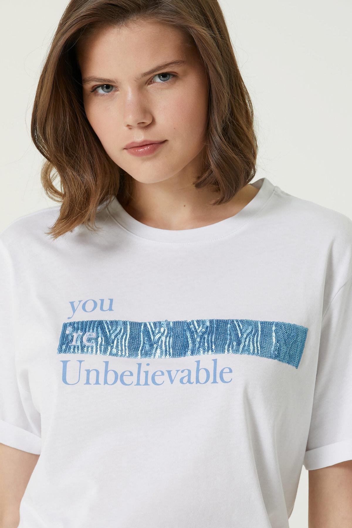 Kadın Basic Fit Kırık Beyaz Baskılı T-shirt 1079921