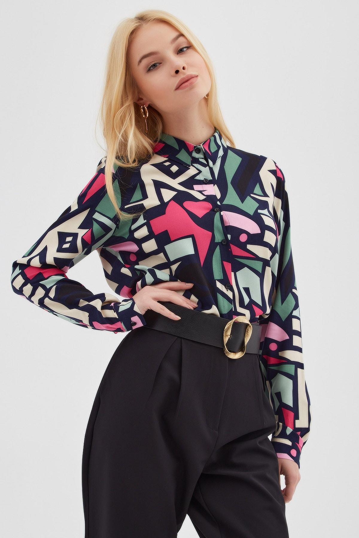 Kadın Grafik Desenli Uzun Kollu Viskon Gömlek P21s110-6373