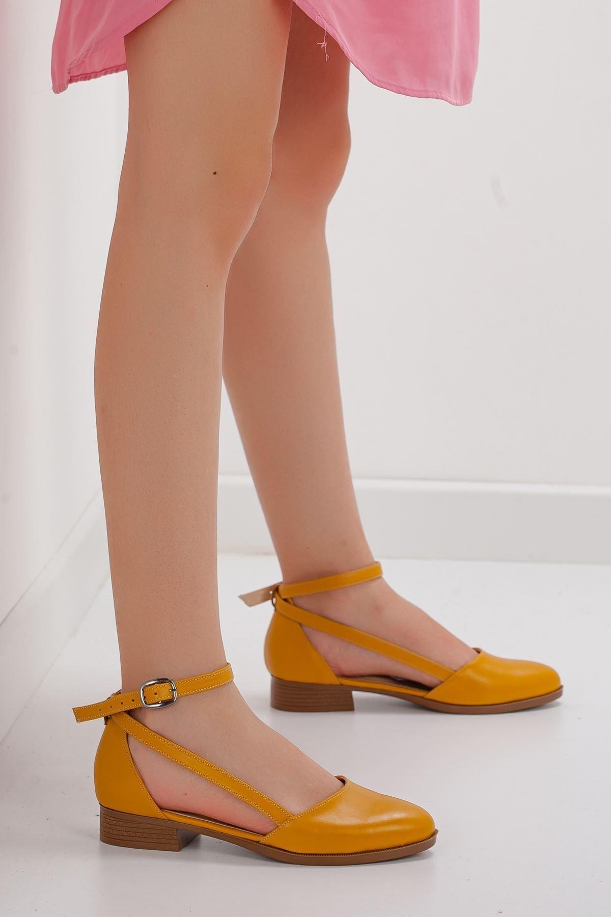 Kadın Hardal Kısa Topuk Babet