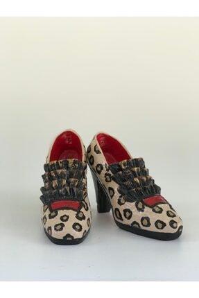 Dekoratif Vintage Ayakkabılar dekoratif vintage ayakkabılar