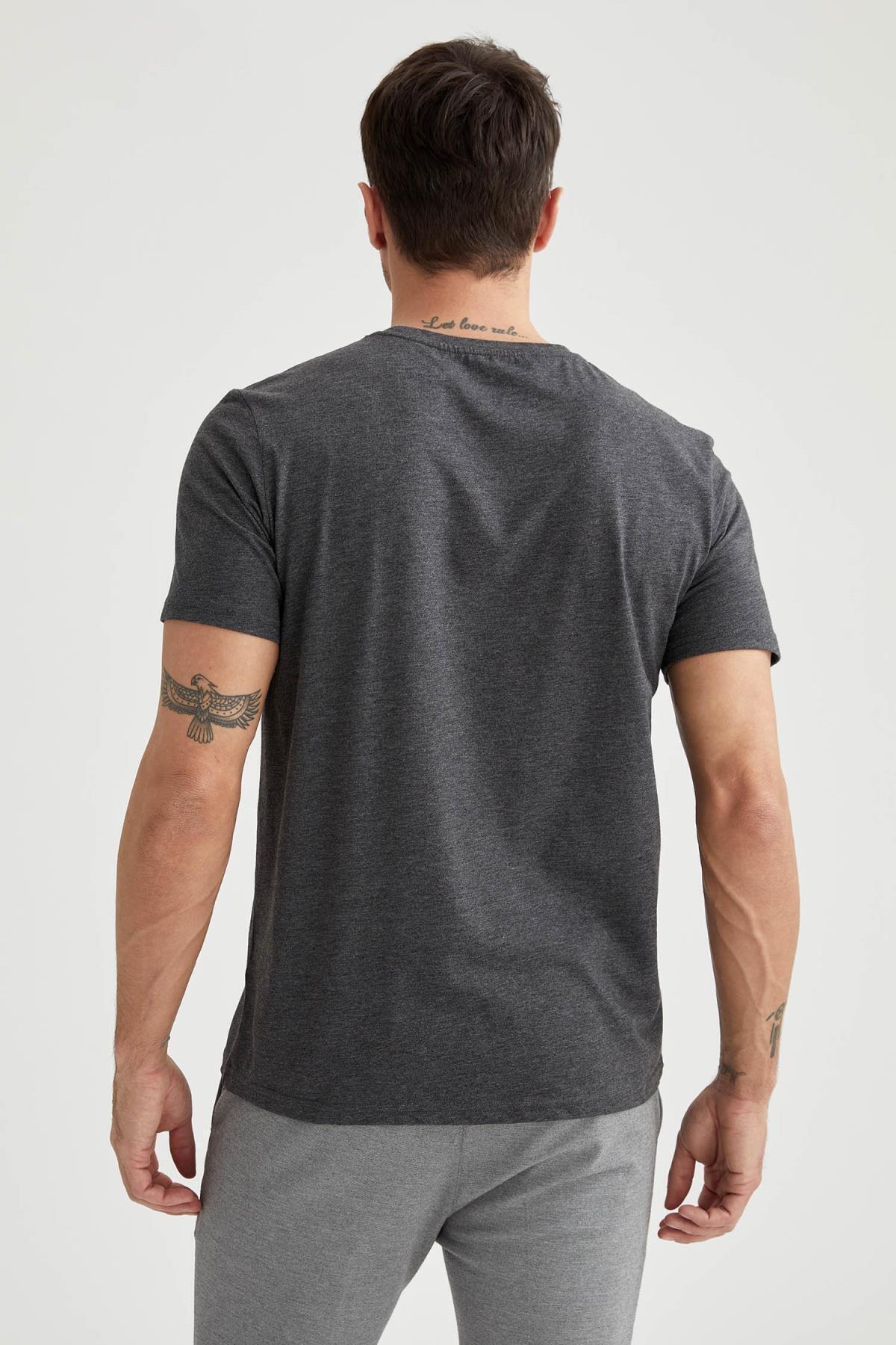 Defacto Regular Fit Bisiklet Yaka Basic Tişört
