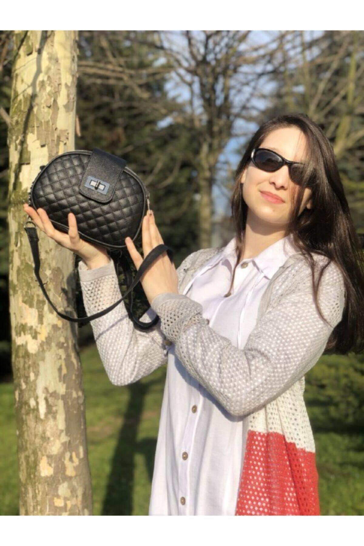 Kadın Siyah Çanta 3 Fermuarlı Kilitli