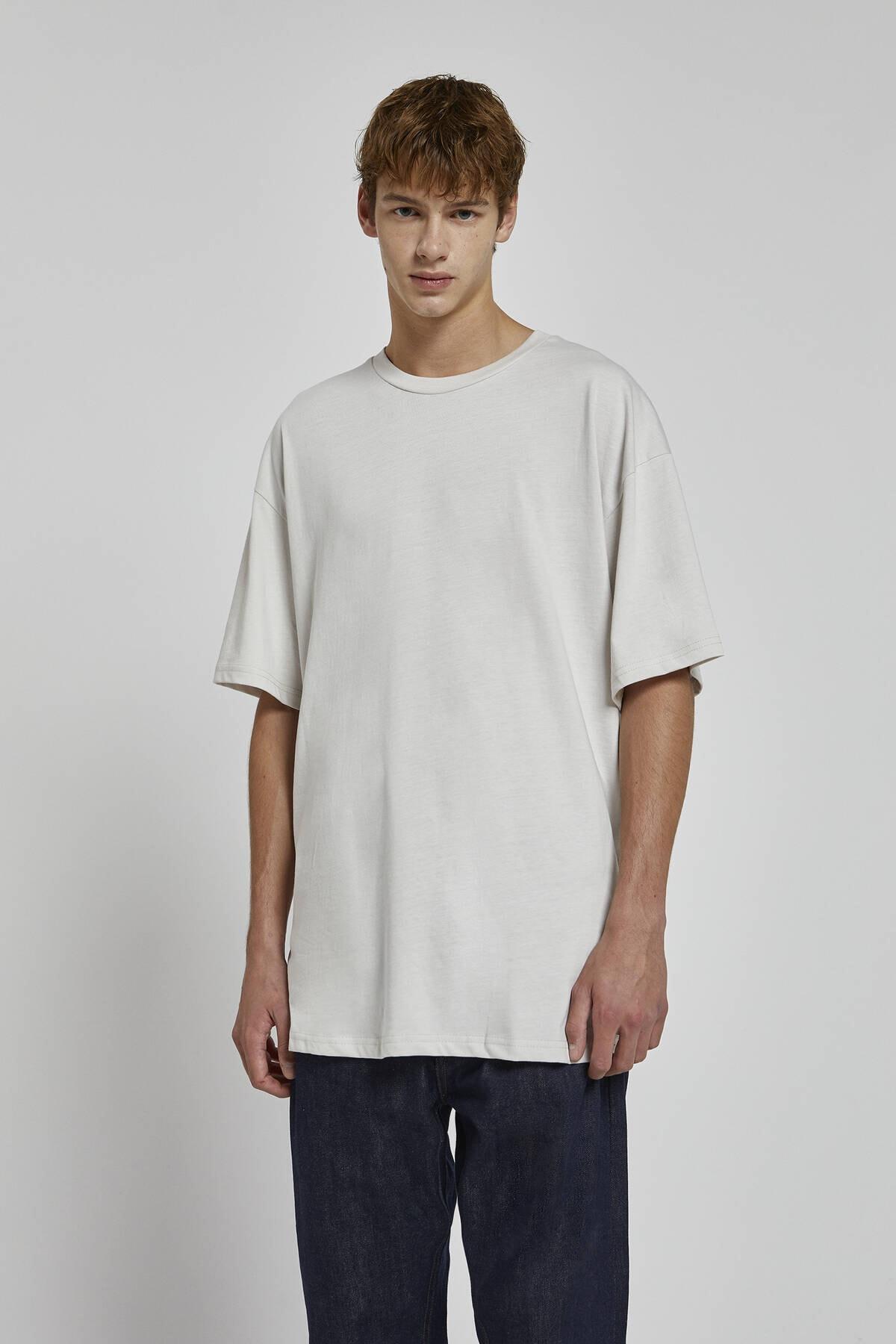 Pull & Bear Erkek Açık Gri Kısa Kollu Oversize T-Shirt 09244936 0