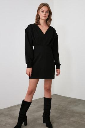 TRENDYOLMİLLA Siyah V Yaka Beli Oturan Örme Elbise TWOAW21EL1976 3