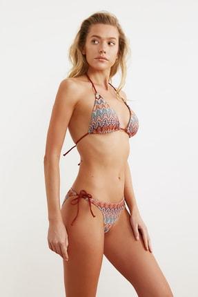 TRENDYOLMİLLA Renkli Yaprak Desenli Bağlamalı Bikini Takımı TBESS21BT0046 1