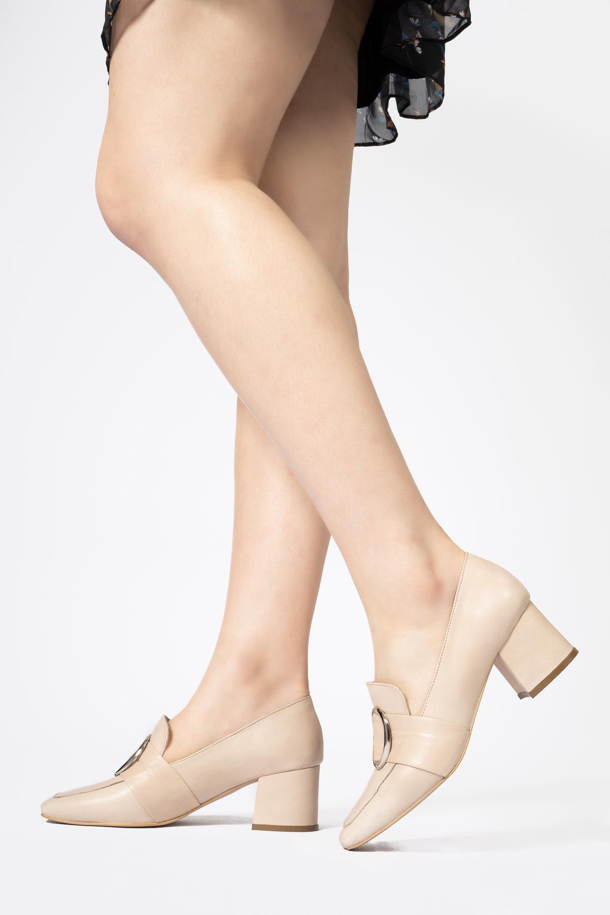 Kadın Bej Hakiki Deri Günlük Topuklu Loafer Ayakkabı
