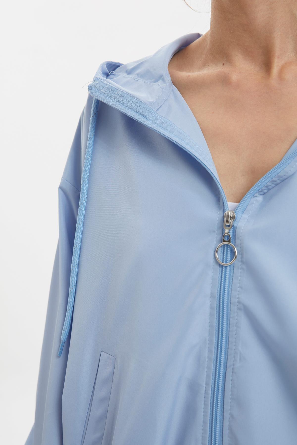Defacto Kadın Mavi Reflektör Baskılı Yağmurluk R4131AZ.20SP.BE306 2