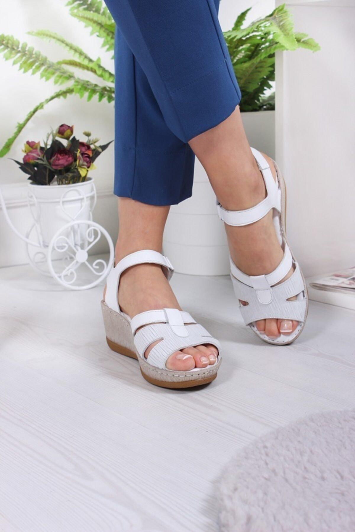 Bellacomfort Shoes Kadın Siyah Hakiki Deri Comfort Sandalet