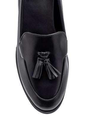 Derimod Kadın Siyah Püskül Detaylı Loafer Ayakkabı 4