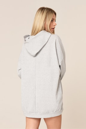 ARASCOM Kadın Düz Gri Cepli Kapüşonlu Uzun Oversize Salaş Sweatshirt 2