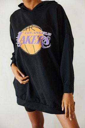 Xena Kadın Siyah Baskılı Kapüşonlu Uzun Oversize Sweatshirt 1KZK8-10739-02 1