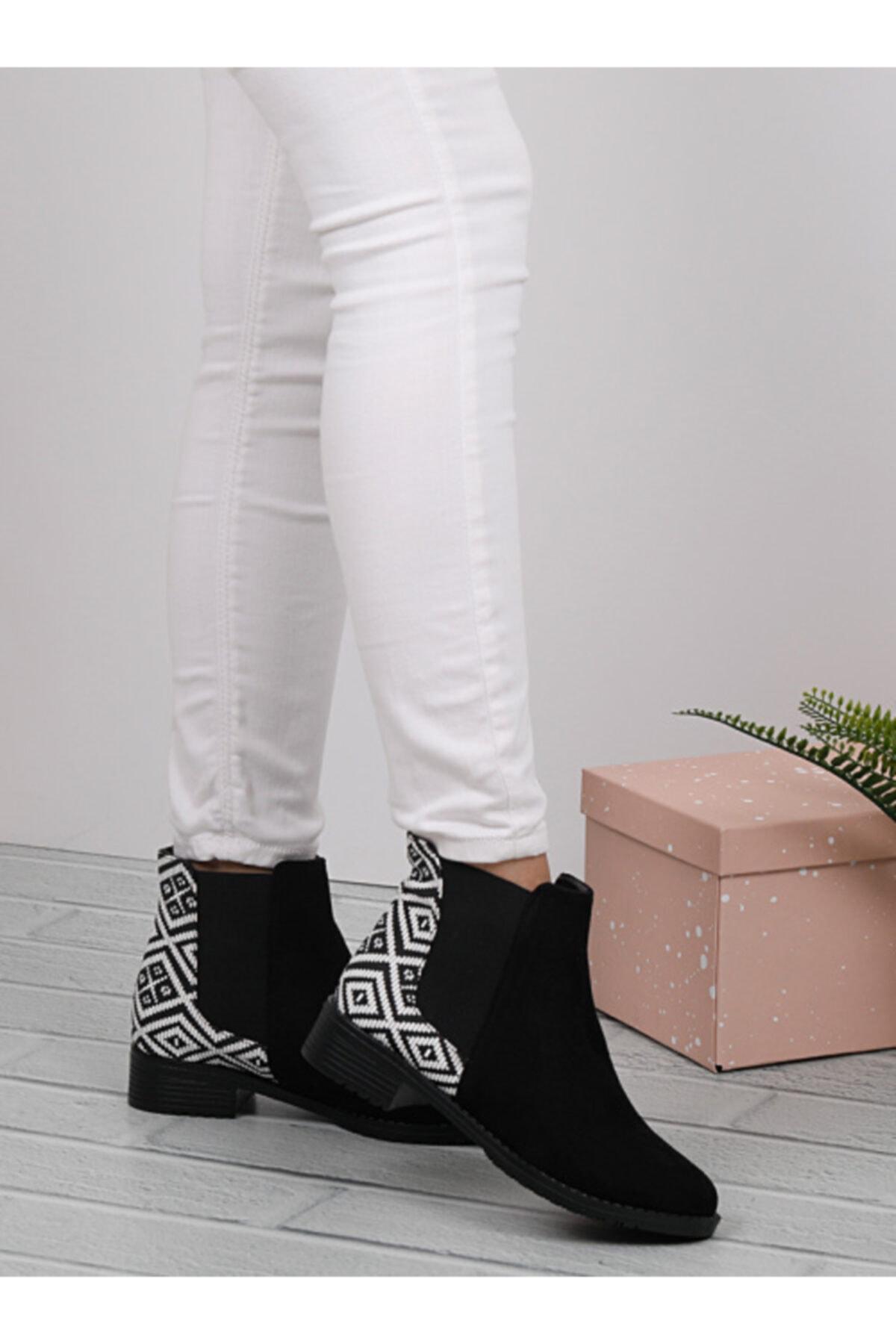 RENKLİBUTİK Kadın Siyah Beyaz Bağcıksız Kalın Topuklu Bot