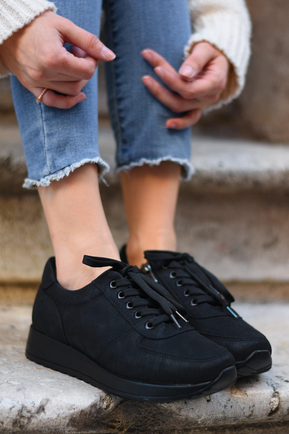 Tenero Shoes Kadın Siyah Süet Spor Ayakkabı