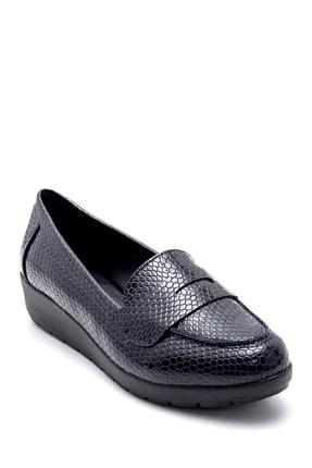 Derimod Kadın Lacivert Yılan Derisi Desenli Ayakkabı 3