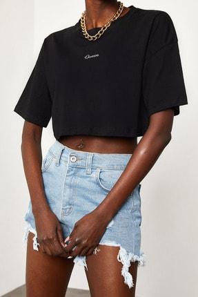 Xena Kadın Siyah Queen Baskılı Crop T-Shirt 1KZK1-11510-02 4