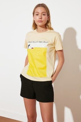 TRENDYOLMİLLA Sarı Semifitted Örme T-Shirt TWOSS21TS2708 3
