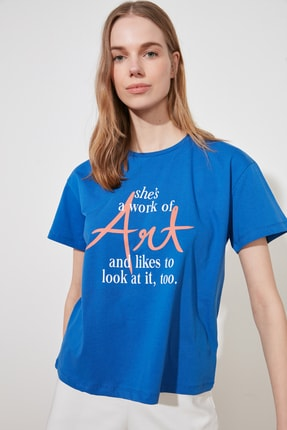 TRENDYOLMİLLA Saks Baskılı Semi-Fitted Örme T-Shirt TWOSS20TS0432 1
