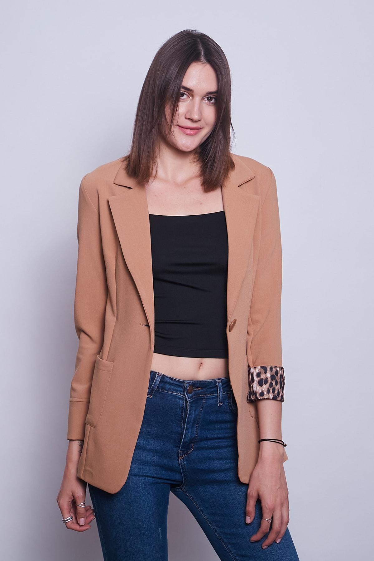 Yakalı Cepli Uzun Kol Katlamalı Blazer Kumaş Ceket