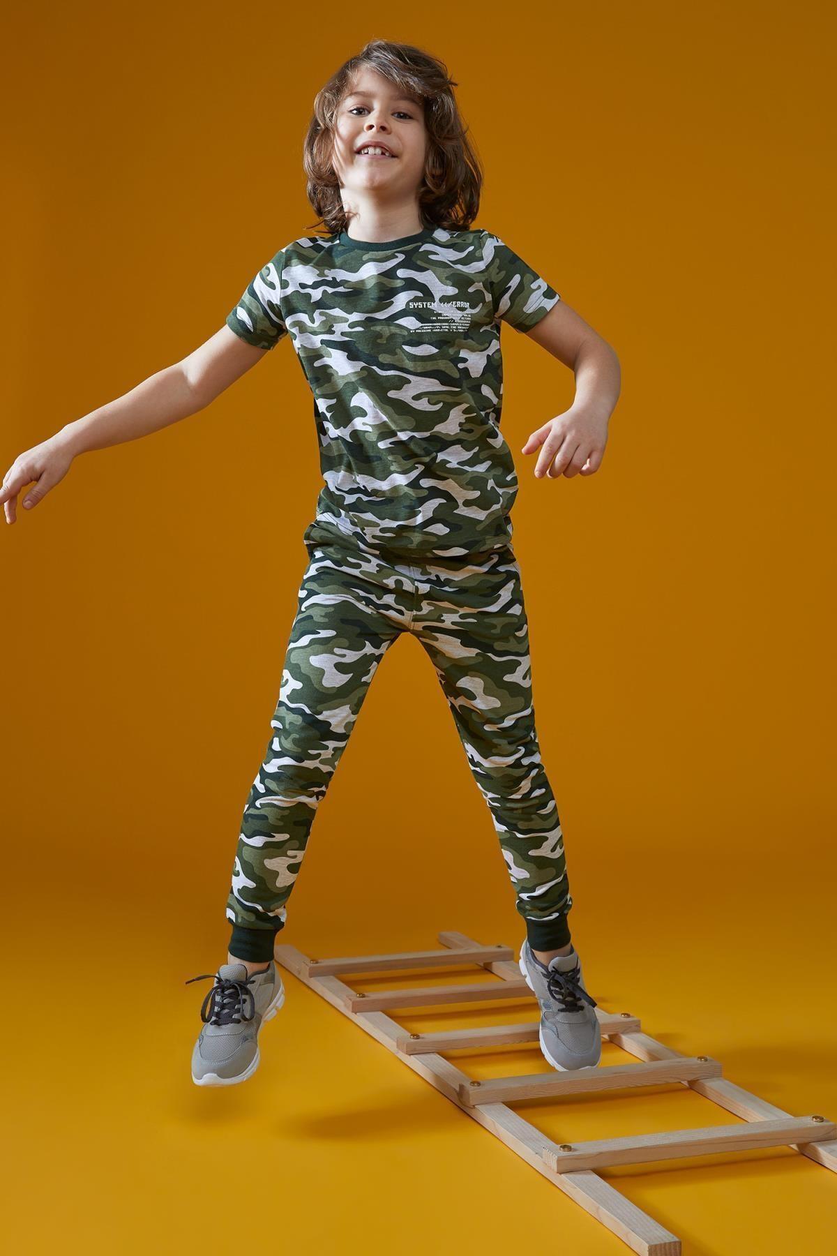 Erkek Çocuk Haki Kamuflaj Desenli Jogger Eşofman Altı