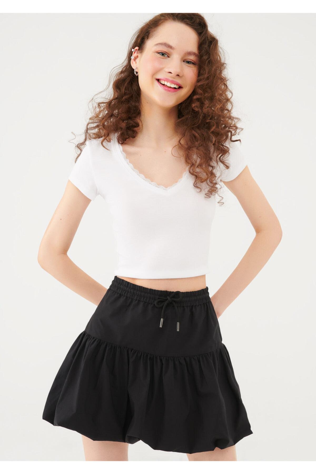 Dantel Detaylı Beyaz Tişört 1600756-33389