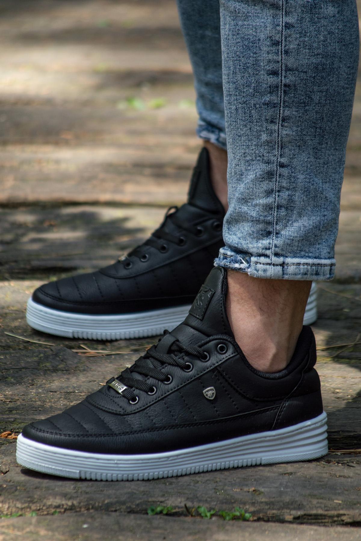 07 Siyah Beyaz Dikişli Unisex Spor Ayakkabı