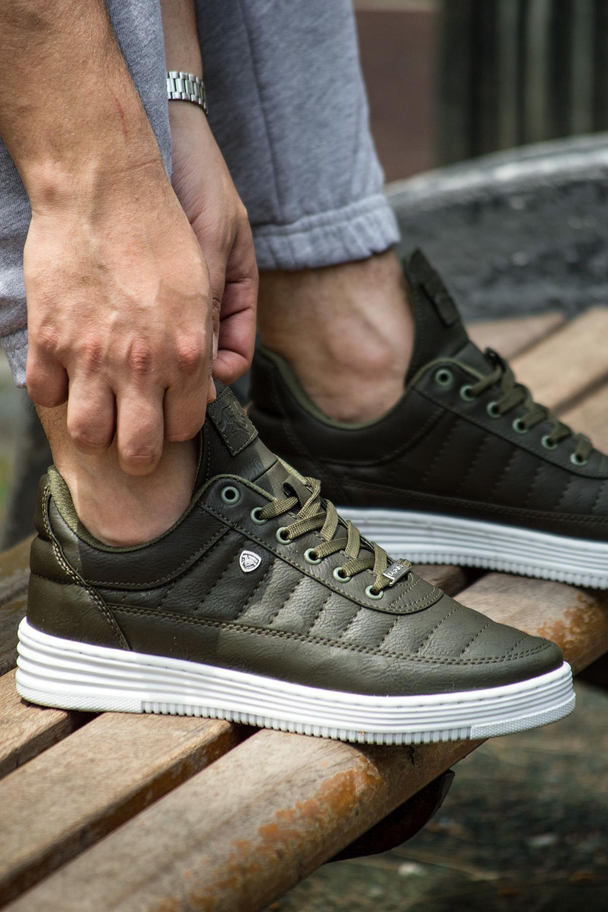 07 Haki Beyaz Dikişli Unisex Spor Ayakkabı