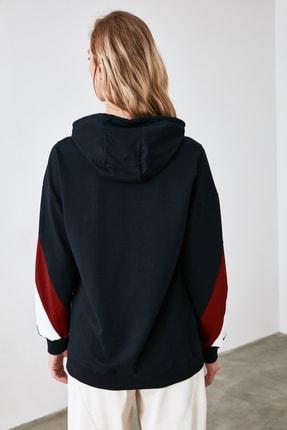 TRENDYOLMİLLA Lacivert Renk Bloklu Boyfriend Örme Sweatshirt TWOAW20SW0075 4