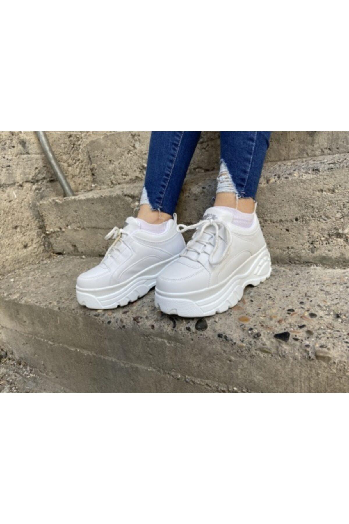 Hugan Kadın Beyaz Kalın Tabanlı Spor Ayakkabı