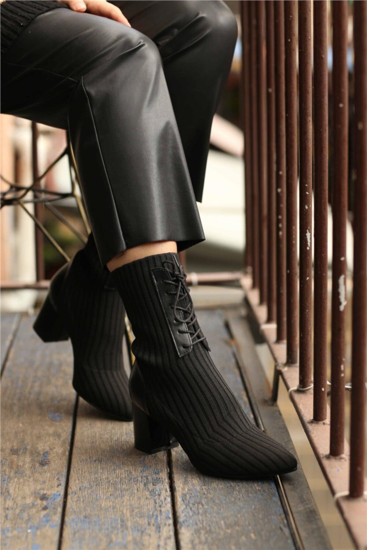 Cömert Ayakkabı Kadın Siyah Streç Topuklu Bot