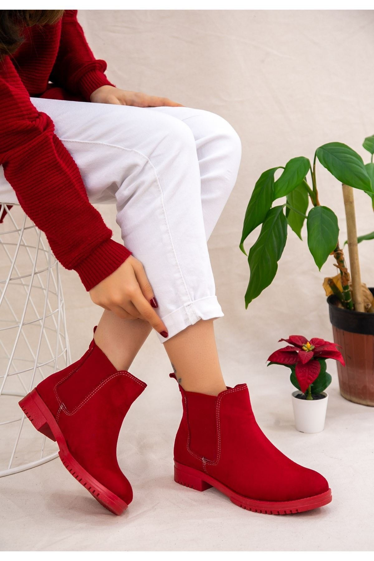 Erbilden Kadın Kırmızı Süet Bot