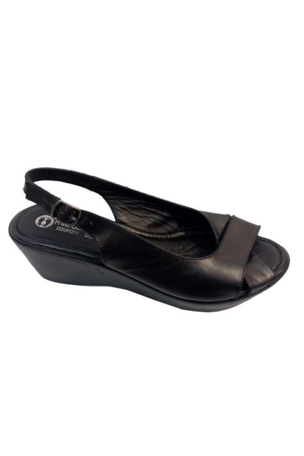 FREEFOUR Kadın Siyah Sandalet