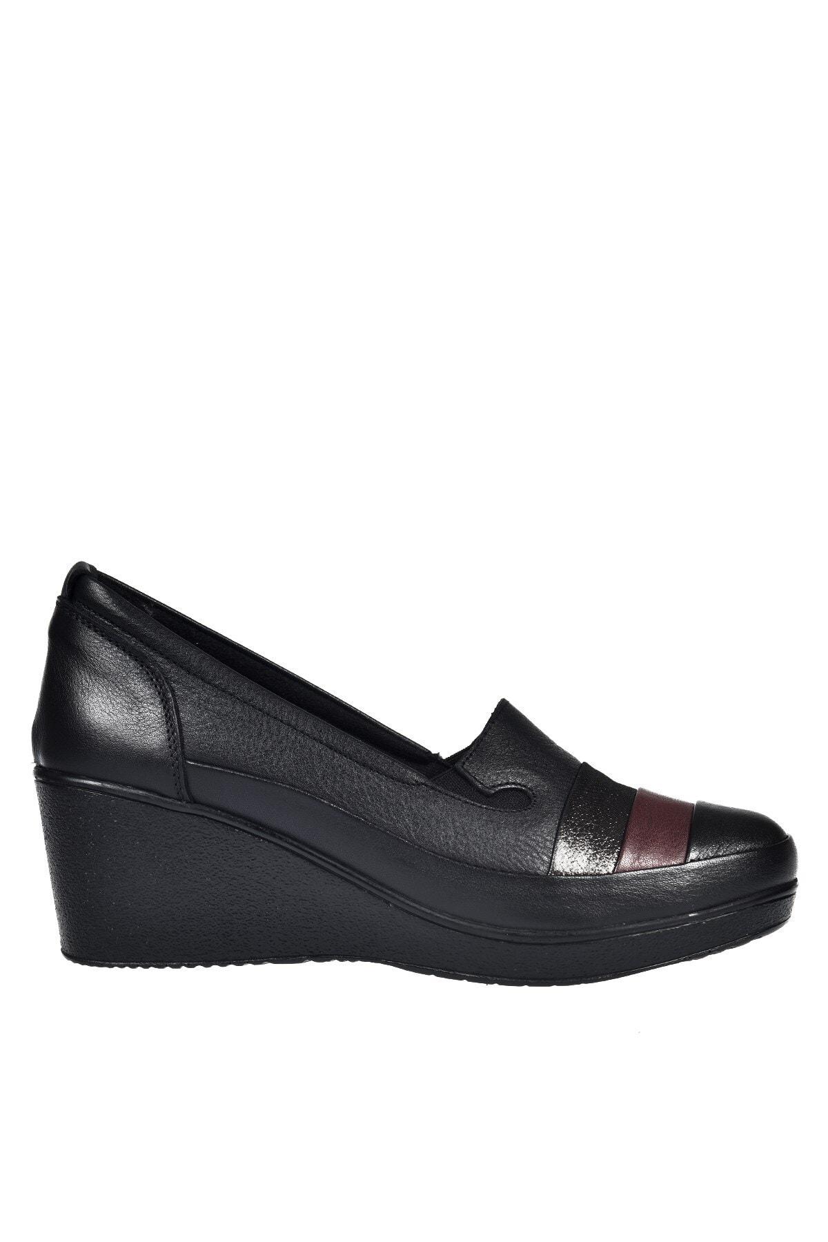 Üçel 2311 Hakiki Deri Kadın Ayakkabı Siyah Garni
