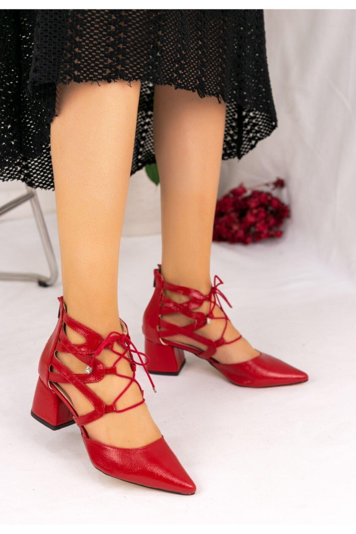 Erbilden Kadın Kırmızı Rugan Topuklu Ayakkabı