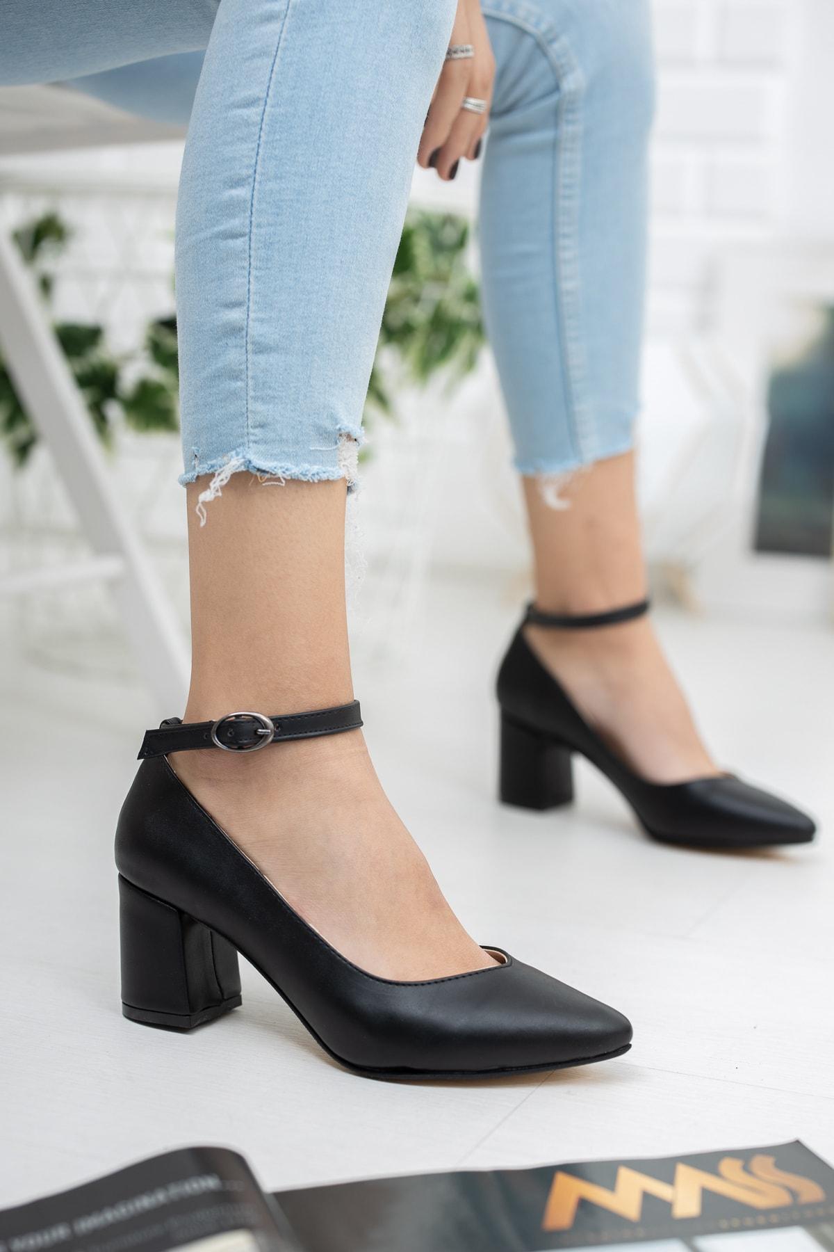 RANA SHOES Siyah Cilt Deri Bilekten Bağlı Kalın Topuklu Kadın Ayakkabı