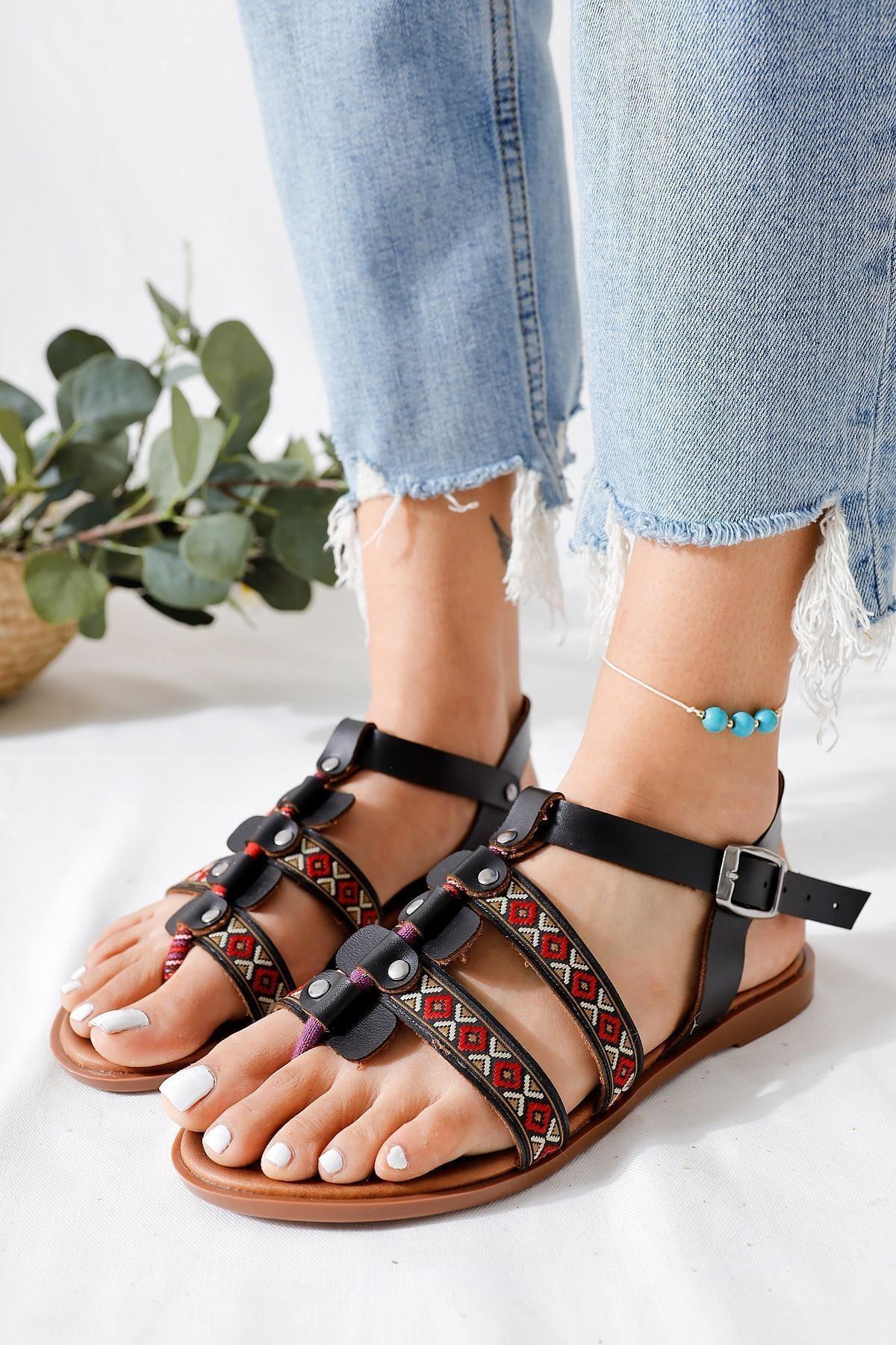 Limoya Kadın Taba Parmak Arası Ayarlanabilir Düz Hakiki Deri Sandalet